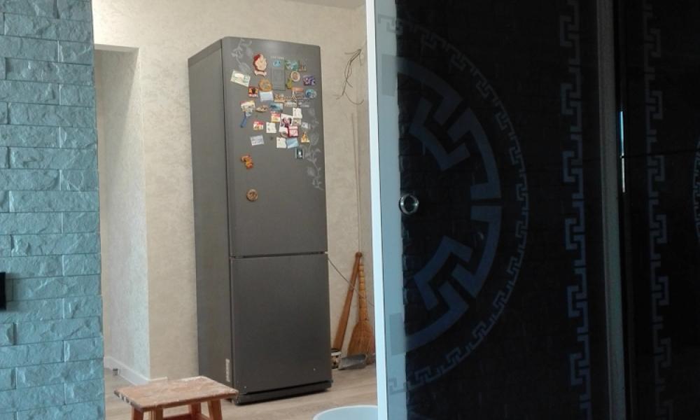 Установка дверей и перегородок
