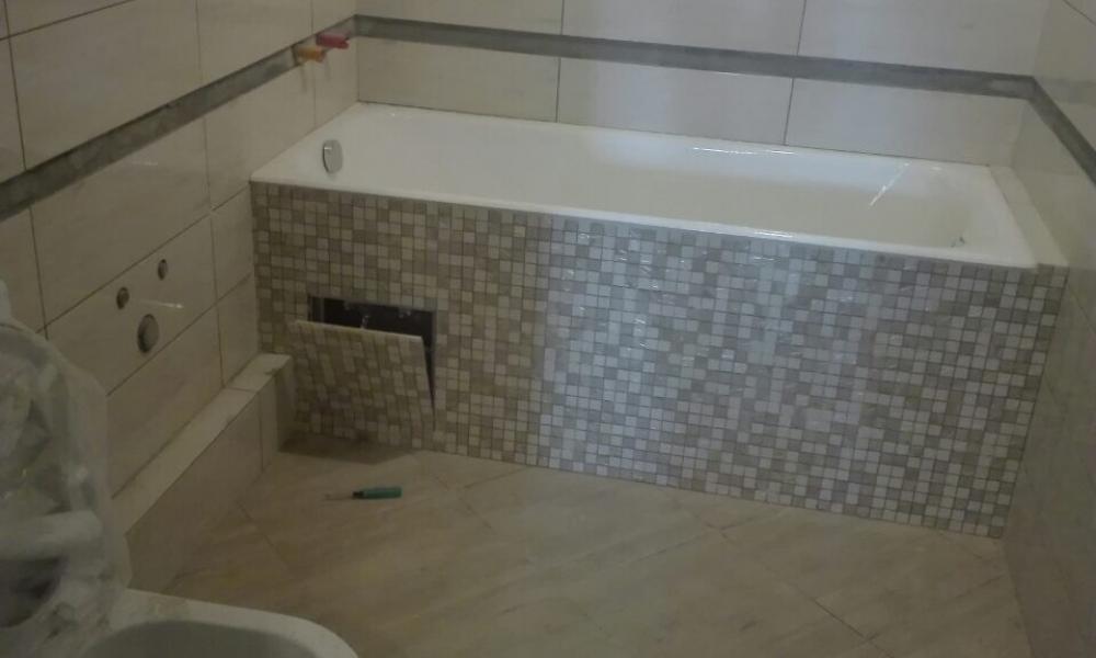 Как обложить плиткой ванную комнату своими руками 66